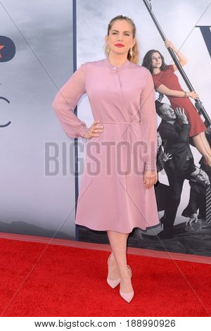 LOS ANGELES - MAY 25:  Anna Chlumsky at the FYC for HBO's series VEEP 6th Season at the ATAS Saban Media Center on May 25, 2017 in North Hollywood, CA