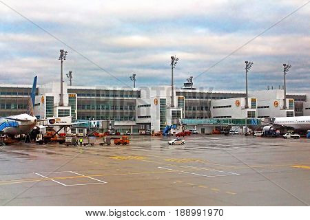 MUNICH, GERMANY -OCTOBER 17, 2013: The Flughafen Munich Airport (MUC), the second busiest airport in Germany, is a hub for Germain airline Lufthansa (LH)