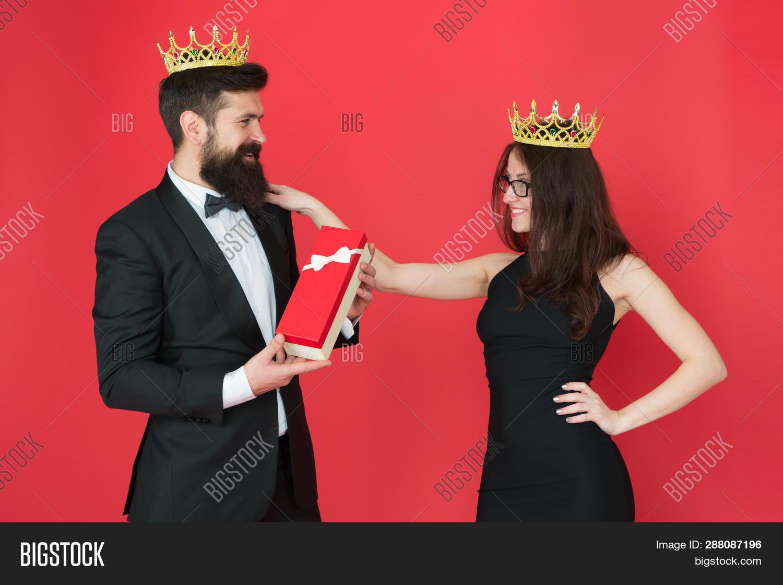 f20e1b8d Royal Family. Couple Image & Photo (Free Trial)   Bigstock