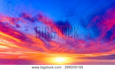 Light About The Sky . Paradise Heaven . Dramatic Nature Background . Journey Of The Soul . Backgroun