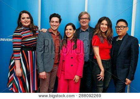 LOS ANGELES - MAR 5: Lauren Ash, Ben Feldman, America Ferrera, Mark McKinney, Nichole Bloom, Nico Santos at Universal Studios on 5 March, 2019 in Los Angeles, CA