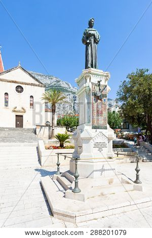Makarska, Dalmatia, Croatia, Europe - August 23, 2017 - Statue Of Haran Narod In Makarska