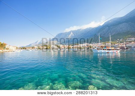 Makarska, Dalmatia, Croatia, Europe - Turquoise Water At The Wonderful Beach Of Makarska