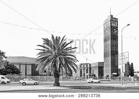 Welkom, South Africa, August 2, 2018: A Street Scene, With The Clock Tower And Ernest Oppenheimer Th