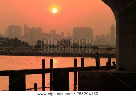 The Sun Set At Kwun Tong View Of Kowloon