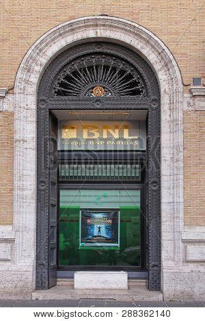 Rome, Italy - October 25, 2009: Gruppo Bnl Paribas Bank Banca Nazionale Del Lavoro In Rome, Italy.