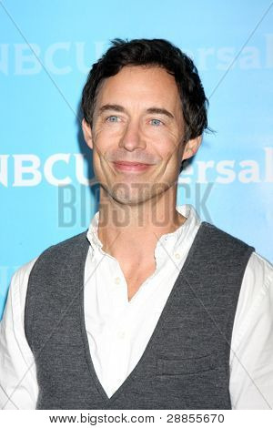 LOS ANGELES - JAN 6:  Tom Cavanagh arrives at the NBC Universal All-Star Winter TCA Party at The Athenauem on January 6, 2012 in Pasadena, CA