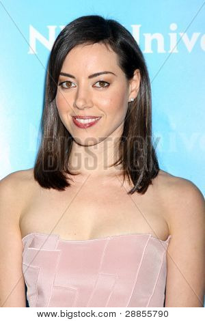 LOS ANGELES - JAN 6:  Aubrey Plaza arrives at the NBC Universal All-Star Winter TCA Party at The Athenauem on January 6, 2012 in Pasadena, CA