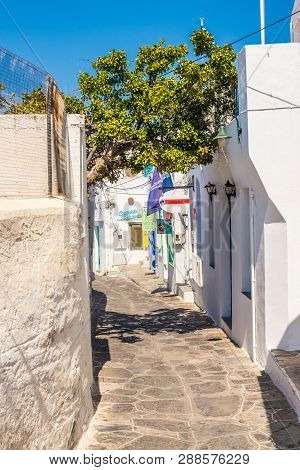 Sifnos, Greece - September 11, 2018: Typical Street In The Center Of Apollonia, The Capital Of Sifno