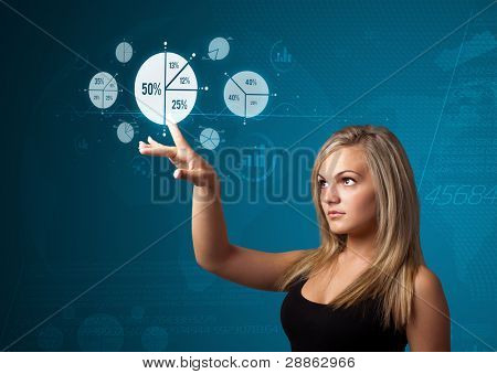 geschäftsfrau Unternehmenstyp der modernen Schaltflächen mit virtuellen Hintergrund drücken