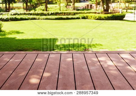 Page Decking Front Lawn, Landscape Formal, Front Yard Is Beautifully Designed Garden, Garden Design