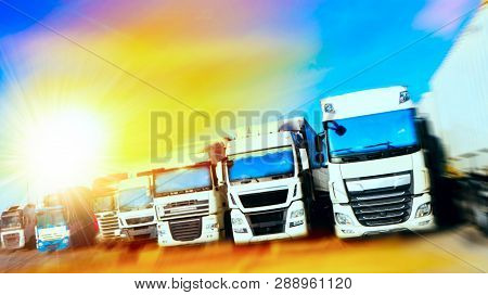Commercial Transport .  Truck Transport Container . Commercial Transport .  Truck Transport Containe