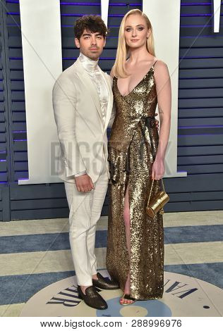 LOS ANGELES - FEB 24:  Joe Jonas and Sophie Turner arrives for the Vanity Fair Oscar Party on February 24, 2019 in Beverly Hills, CA