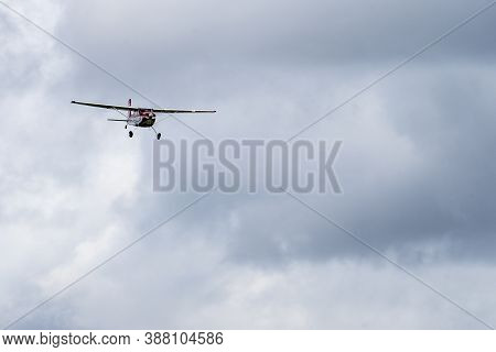Old Warden, Bedfordshire, Uk , October 6, 2019. Cessna 180. Race Day At Shuttleworth.