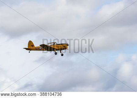 Old Warden, Bedfordshire, Uk , October 6, 2019.small Single Engine Airplane Flying In The English Cl