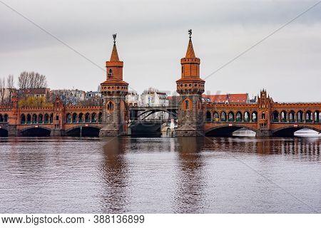 Oberbaum Bridge (oberbaumbrücke), Landmark Of Berlin, Germany