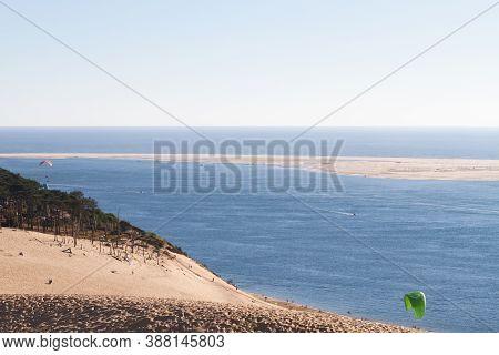 The Dune Of Pilat (grande Dune Du Pilat) Tallest Sand Dune In Europe, In La Teste-de-buch In The Arc