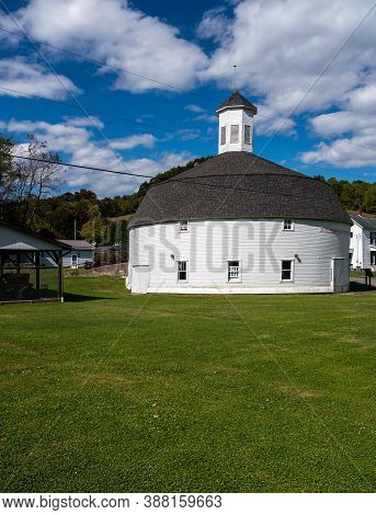 Well Preserved White Wooden Round Barn With Cupola In Mannington, West Virginia