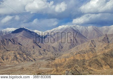 Beautiful Landscape In Himalaya Mountain Range And Cloudy In Ladakh Region State Of Jammu And Kashmi