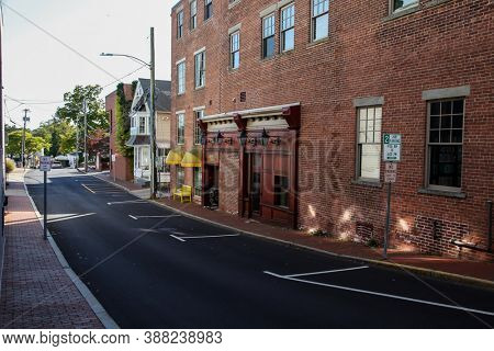 NEW CANAAN, CT, USA - OCTOBER 4, 2020: Street view from Burtis Avenue in New Canaan downtown
