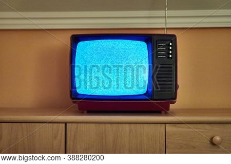 No signal just noise on old analogue TV set