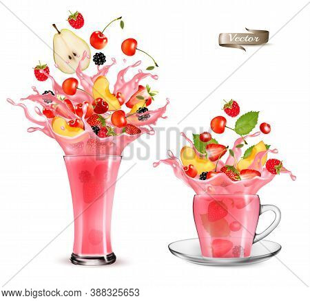 Pink Berry Juice Splash. Whole And Sliced Strawberry, Raspberry, Cherry, Blackberry And Pear In A Sw