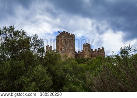 Almourol Medieval Castle Rebuilt Atop Of An Islet In The Middle Of The Tagus River In The 12th Centu