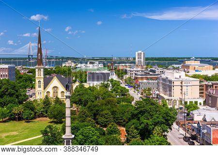 Charleston, South Carolina, USA downtown skyline.