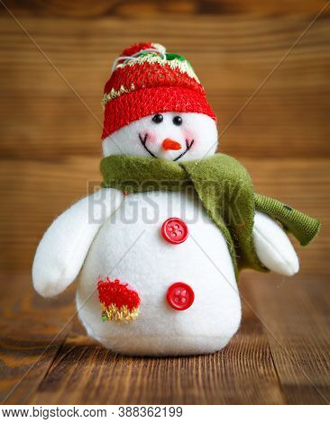 Christmas Doll : Snowman With Hat And Scarf For Christmas Decoration.