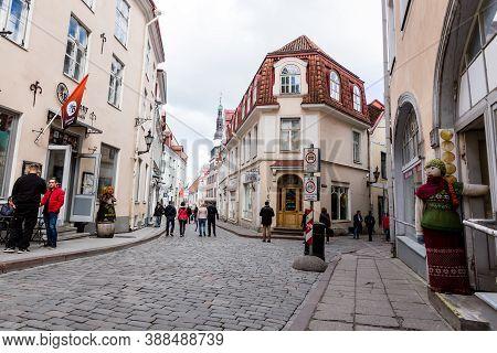 Tallinn, Estonia - May 25, 2019: People Walking Down The Street In Old Town In Tallinn