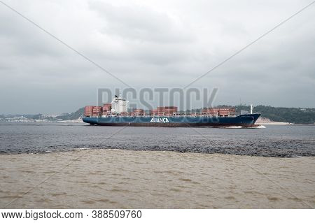 Manaus , Brazil- Decemcer 4, 2015: Water Meeting In Brazil -amazon River With Rio Del Negro Clean An