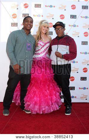 LOS ANGELES - OCT 27:  Chris Massey, Barbie, Kyle Massey arrives at