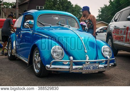 Toronto, Canada - 08 18 2018: Gorgeous Blue 1955 Volkswagen Beetle Oldtimer Car Made By German Autom