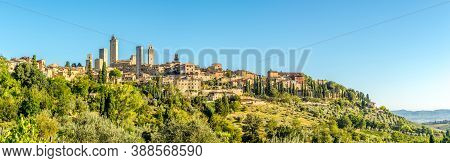 Panoramic View At The Town Of San Gimignano In Italy
