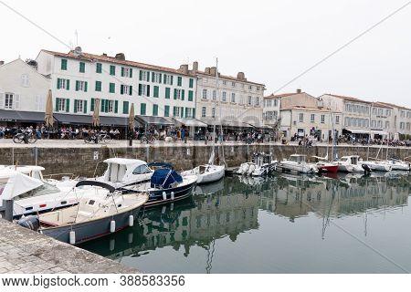 Saint Martin De  Ré, Charente Maritime / France - 05 01 2019 : Port Of Ancient City Of St Martin De