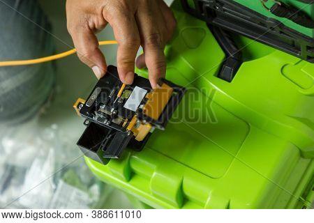 Optical Fiber Installation With Digital Fiber Optical Fusion Splicing Machine. High Precision Fiber
