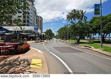 Cairns, Queensland, Australia - 03 Jan 2019: Street In Cairns City, Queensland, Australia