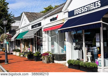 NEW CANAAN, CT, USA - OCTOBER 4, 2020: Street view from Elm Street with store front in New Canaan downtown