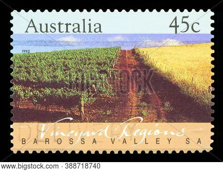 Australia - Circa 1992: A Stamp Printed In Australia Shows The Barossa Valley, Vineyard Regions, Sou