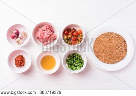 Northern Thai Food (nam Prik Ong), Spicy Chili Minced Pork With Tomatoes, Thai Chili Paste, Ingredie