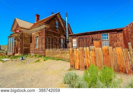 House With Courtyard Of Mr James Stuart Cain, Principal Property Owner Of Town In The 1800s. Bodie S
