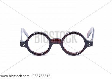 Round Eyeglasses Black Frame For Businessman, Myopia (nearsightedness), Eyeglasses, Isolated On Whit