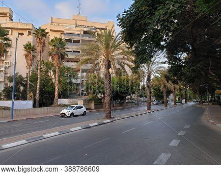 Holon, Israel. September 30, 2020. A View Of Yehoshua Rabinovich Street, A Typical Israeli Street Of