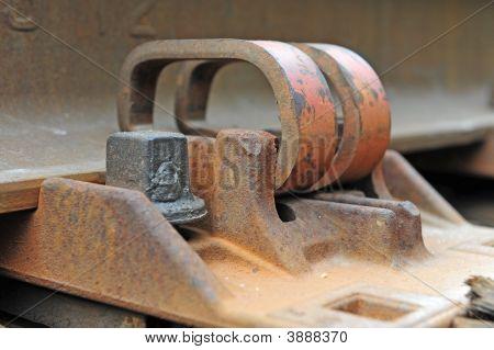Metal Track Braces