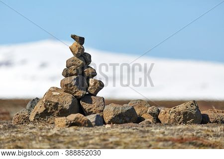 Stone cairns erected in Iceland