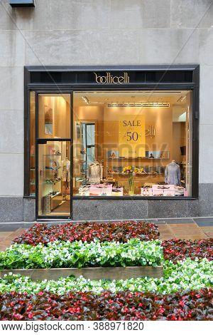 New York, Usa - July 1, 2013: Botticelli Shoe Store In Rockefeller Center, New York. Botticelli Is A