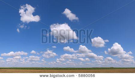 Big Cloudy Flat Ground Area Panorama