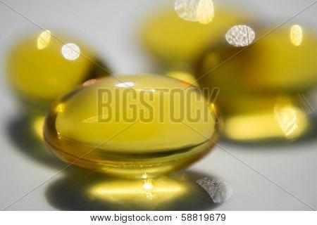 Yellow Pills Macro