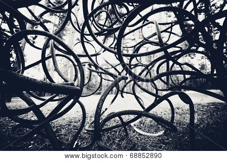 dark black and white curved rods background