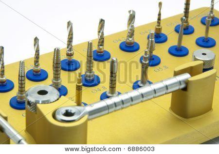 Instrument für Zahnärztliche Implantologie